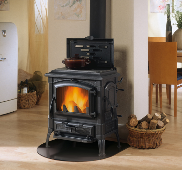 Cast Iron Wood Burning Stove With Hob Rings