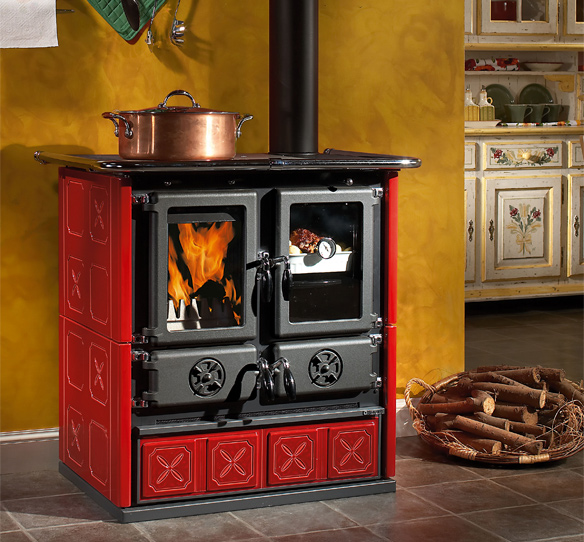 Wood Burning Cooker With Majolica Covering