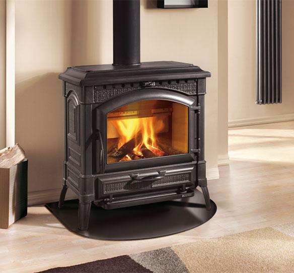 Stufe a legna termoisotta d s a la nordica extraflame - Stufe a legna prezzi nordica ...