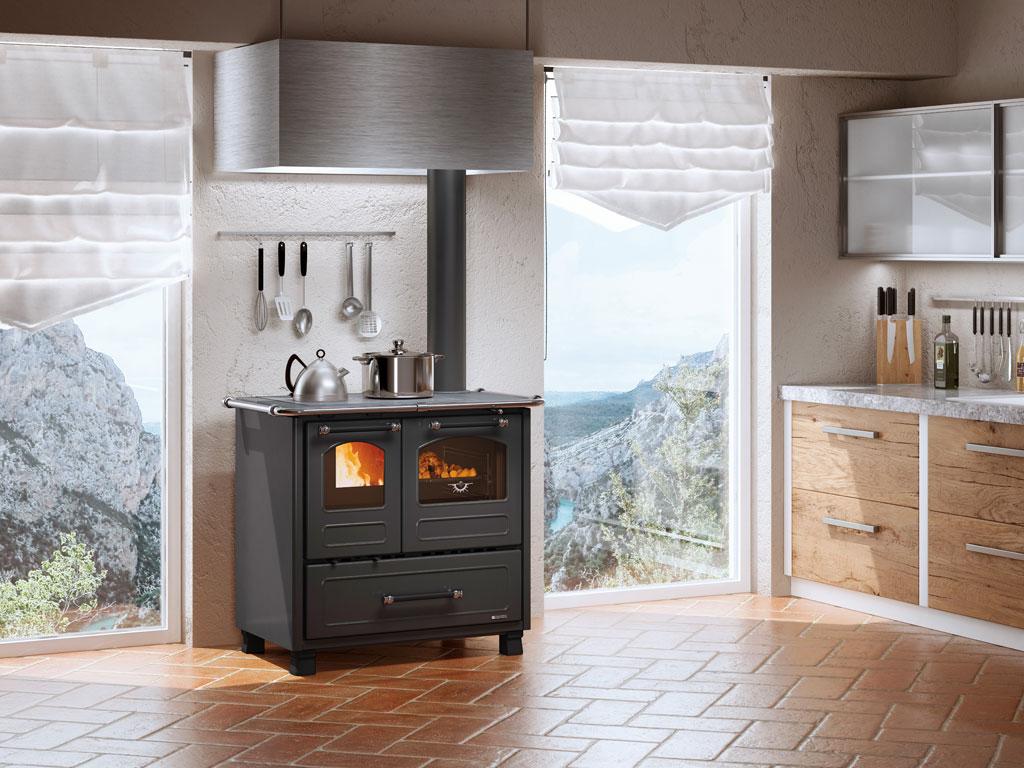Cucina A Legna Nordica Romantica 4 5.Cucine A Legna Family 4 5 La Nordica Extraflame